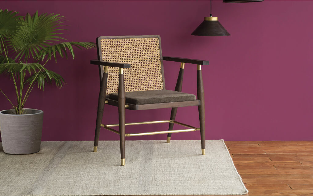 How Do You Choose Dining Chairs to Decorate Your Dining Room?